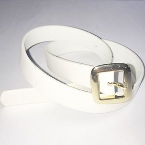 Vintage Banana Republic White Genuine Leather Belt